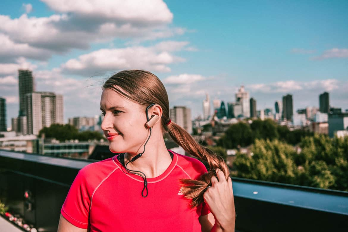 Great bluetooth headphones for hiking & travelling: Audio Technika ATH-SPORT70BT review